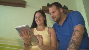 c72e472dbe Több éves együttélésüket teszi hivatalossá az a fiatal pár, akiknek  szeptemberben lesz az esküvője. Maguk intézik, és terveik szerint maguk is  ...